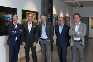 Van links naar rechts: William Lerinckx (for Probatimmo BV), Sidney D. Bens (CFO), Stéphan Sonneville SA (CEO), Sven Lemmes (for Weatherlight SA), Laurent Collier (for Strat-Up SRL)